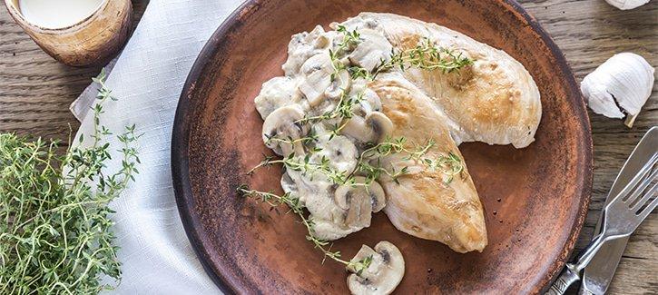 Kipfilet romige champignons - koolhydraatarme recepten PowerSlim