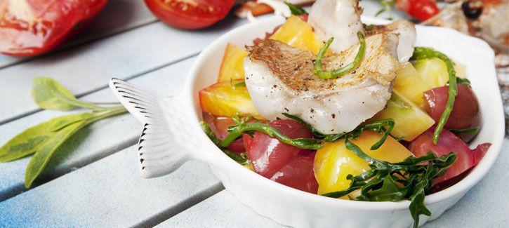 Rode snapperfilet met geroosterde tomaten en zeekraal